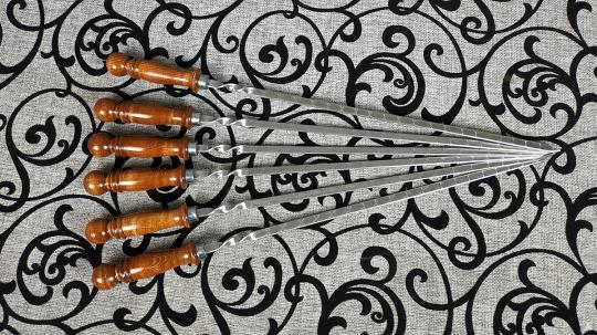 Шампур с деревянной ручкой шар 450*12*3