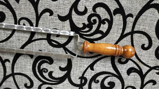 Двойной шампур с деревянной ручкой шар 500*12*3