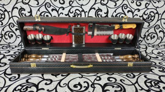 Набор шампуров большой (Нож,Фляжка,Топор)