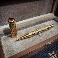 """Ручка с колпачком """"Герб"""" украшенная золотом, 2 фианита"""